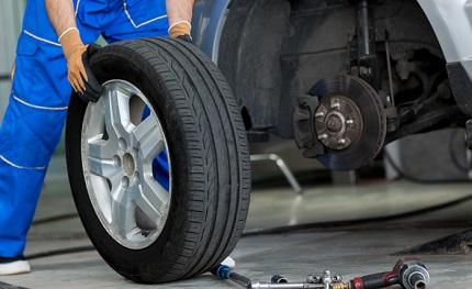 タイヤの交換をする