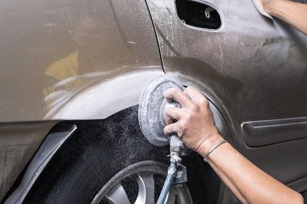 車のキズの修理