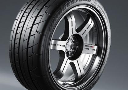 GT-Rのタイヤ
