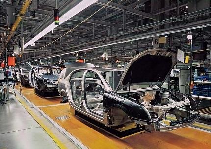 車の製造ライン